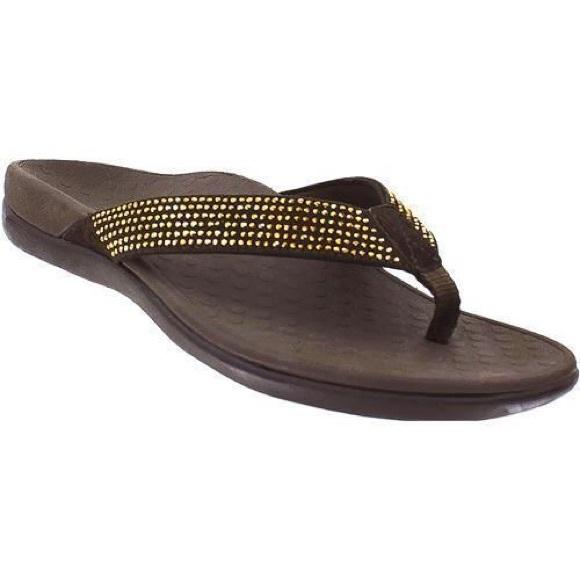 26c8d5e0609267 Vionic Brown Tide Rhinestone Flip Flop Sandals. M 5af070928df470fb015fef0b
